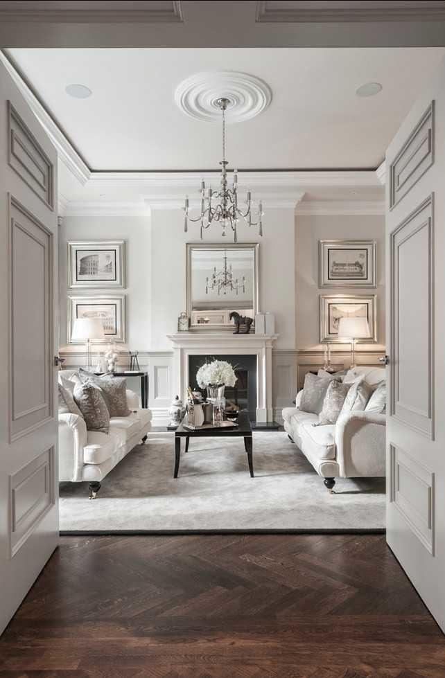 Dit zijn klassieke meubels in een klassiek interieur.