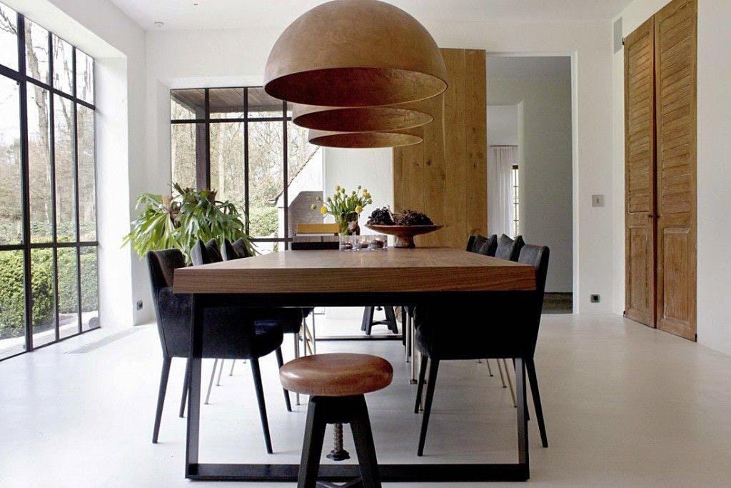 Dit is een voorbeeld van een modern klassiek interieur.