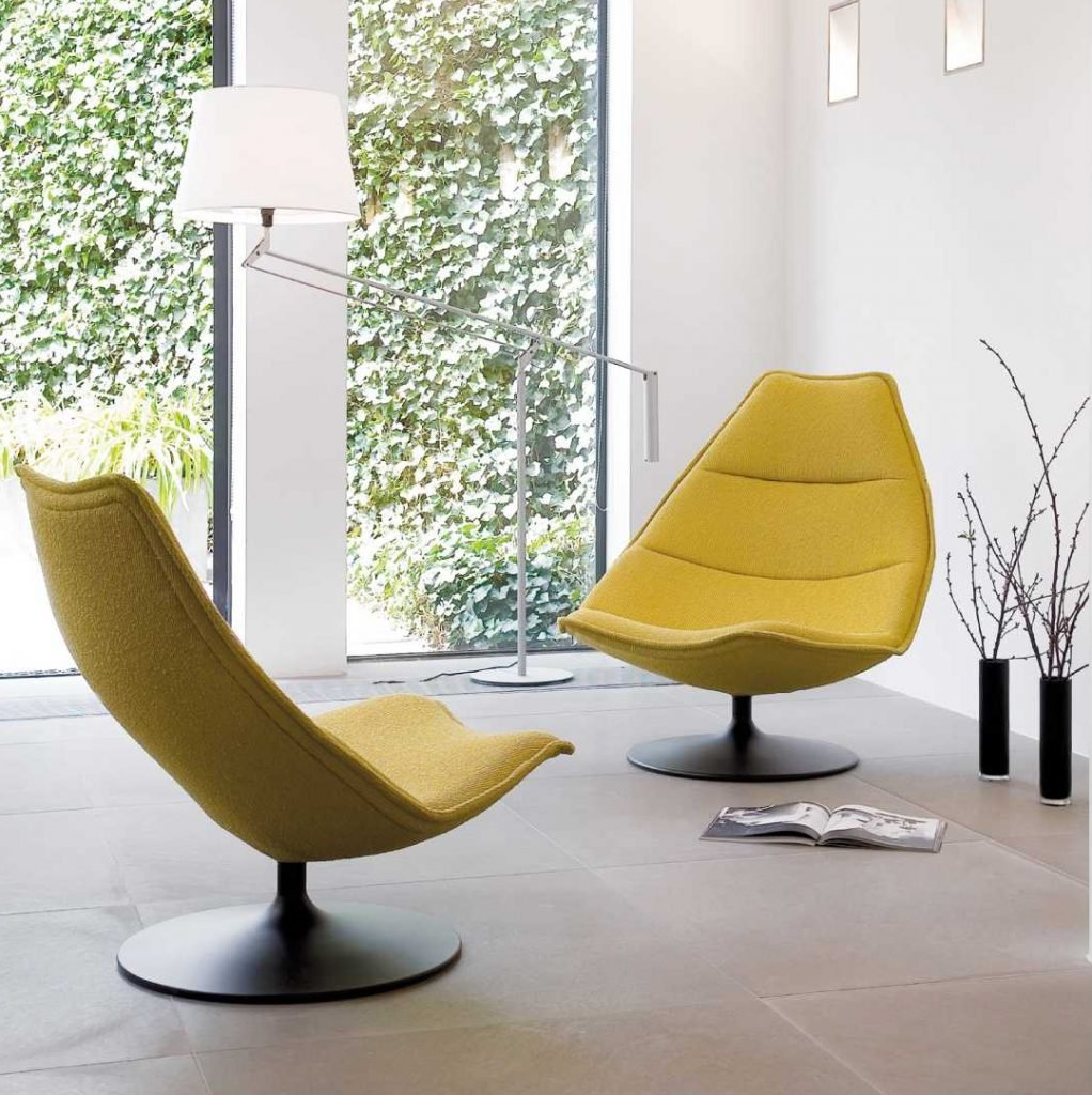 Moderne fauteuil voor een modern interieur.